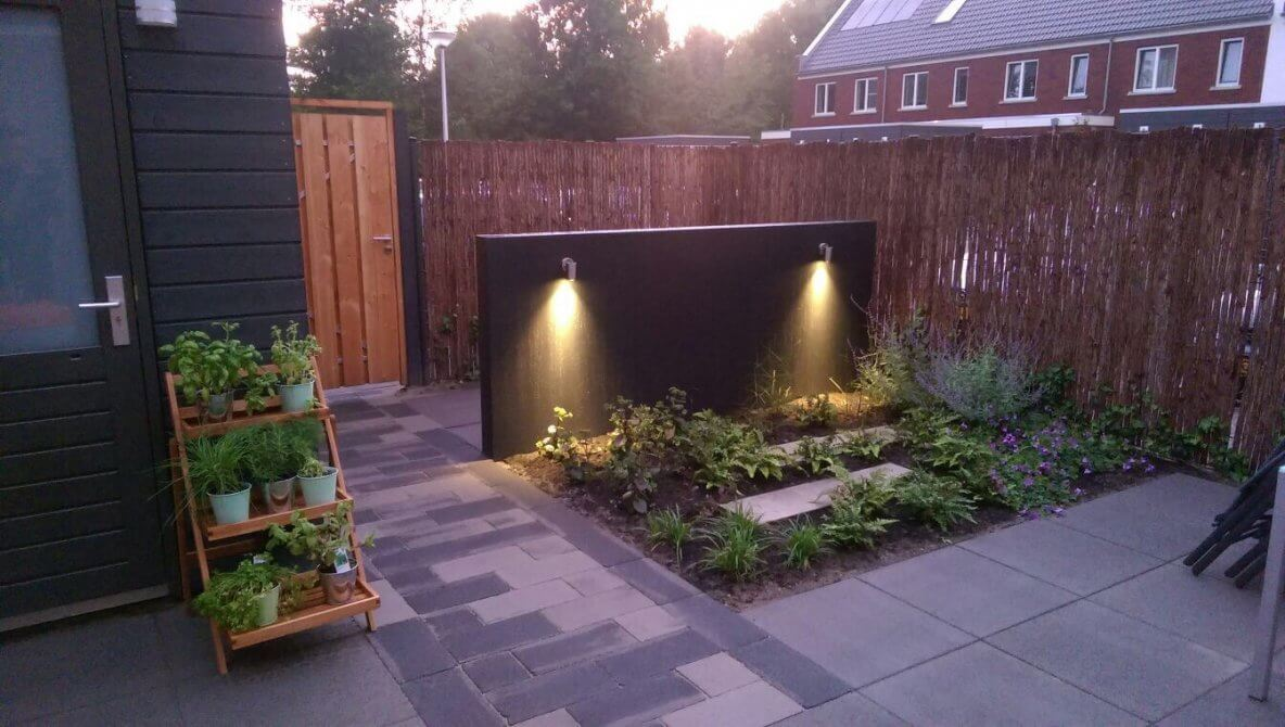 Tuin hoekwoning Meteren